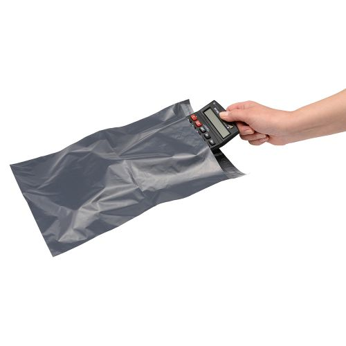 Business Premium Envelopes Extra Strong Waterproof Polythene Peel & Seal Opaque 250x320mm [Pack 100]