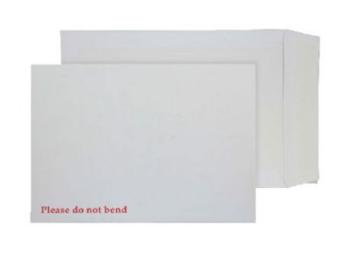 Blake Purely Packaging White Peel & Seal Board Back Pocket 241X178mm 120Gm2 Pack 125 Code 6112 3P