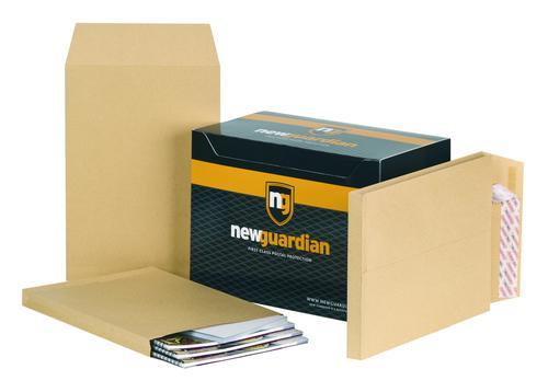 New Guardian Pocket Gusset Envelope C4 Peel and Seal Plain Power-Tac 25mm Gusset 130gsm Manilla (Pack 100)