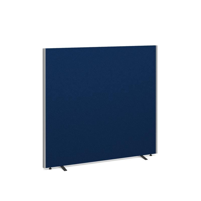 Standing screen 1500 x 1600 in Blue