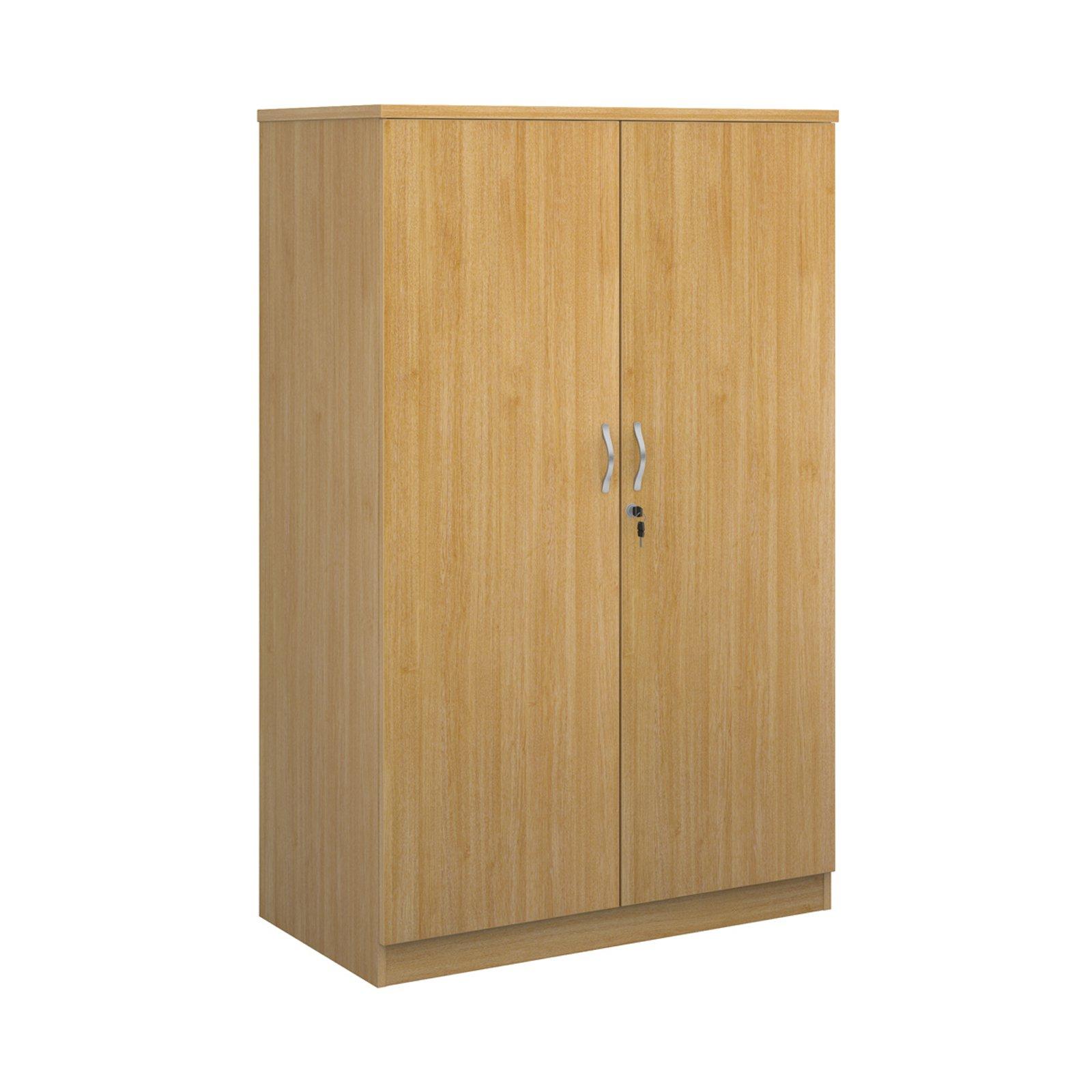 Deluxe double door cupboard 1600mm high with 3 shelves - oak