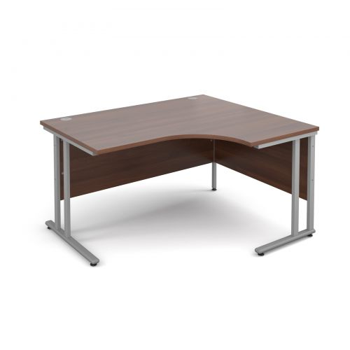 Maestro 25 SL right hand ergonomic desk 1400mm - silver cantilever frame and walnut top