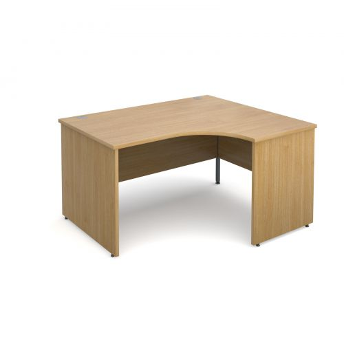 Maestro 25 PL right hand ergonomic desk 1400mm - oak panel leg design