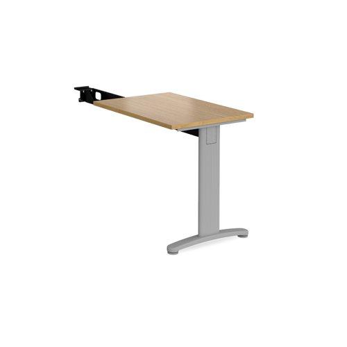 TR10 single return desk 800mm x 600mm - silver frame and oak top