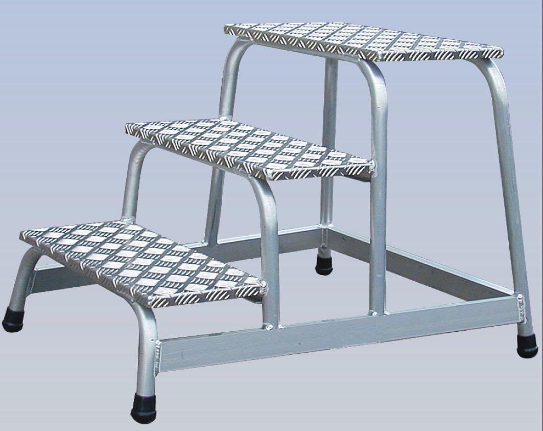 Image for Platform Light Duty Slip Resistant Aluminium W520xD305xH600mm