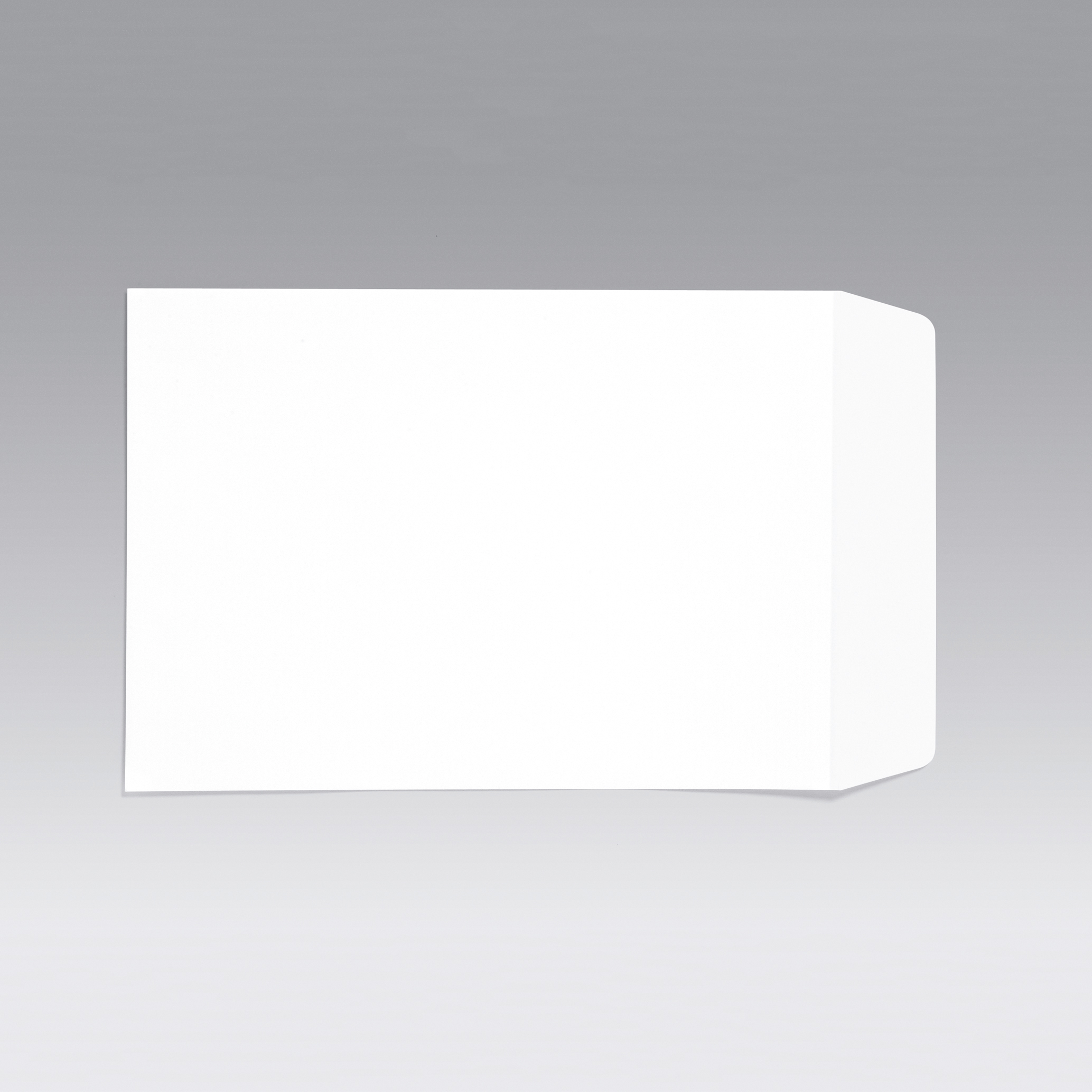 5 Star Office Envelopes C4 Pocket Self Seal 90gsm White Retail Pack [Pack 25]