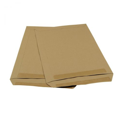 5 Star Office Envelopes PEFC Pocket Self Seal Window 90gsm C4 324x229mm Manilla [Pack 250]
