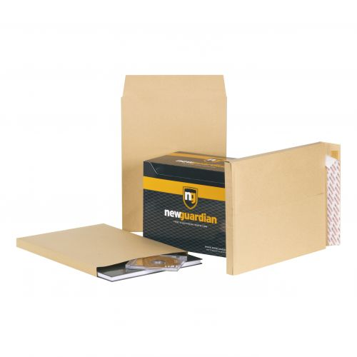 New Guardian Envelopes Heavyweight 406x305mm Gusset 25mm Peel and Seal 130gsm Manilla [Pack 100]